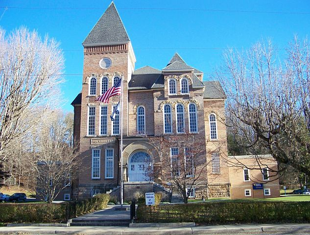 Pocahontas County WV Courthouse